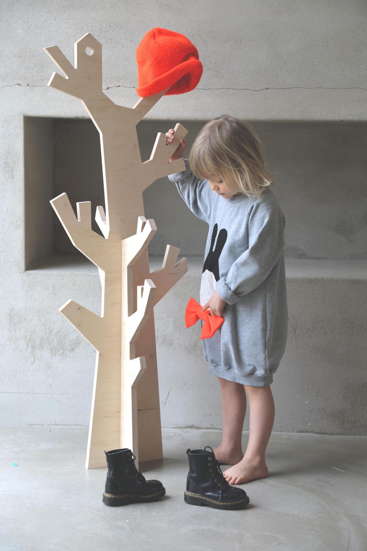 Luona-In-Naulakkopuu-tytto