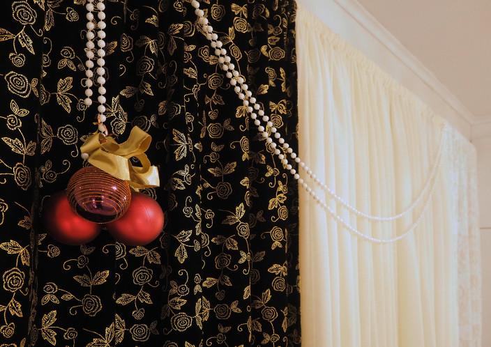 Taiteilijan koti, joulukoristeet makuuhuoneessa