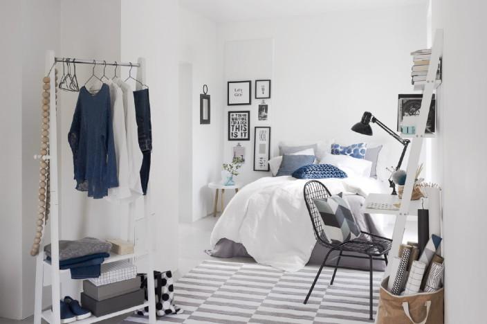 Kalustettuja omakotitalon huoneita